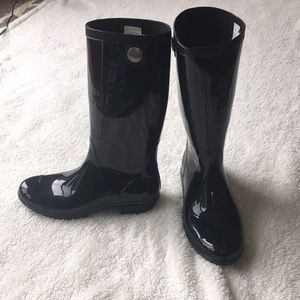 Black UGG Rainboots